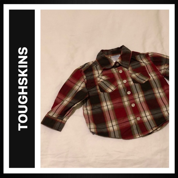 Toughskins Other - Long Sleeve Button Down Shirt with 2 front pockets